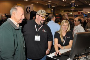 Alle showing some Go iPave booth visitors what it's all about!